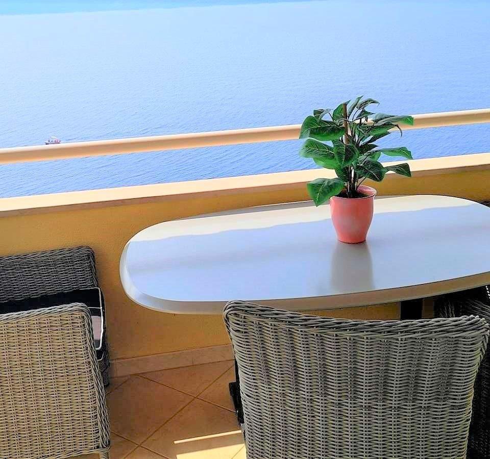 villa accommodation, holiday accommodation