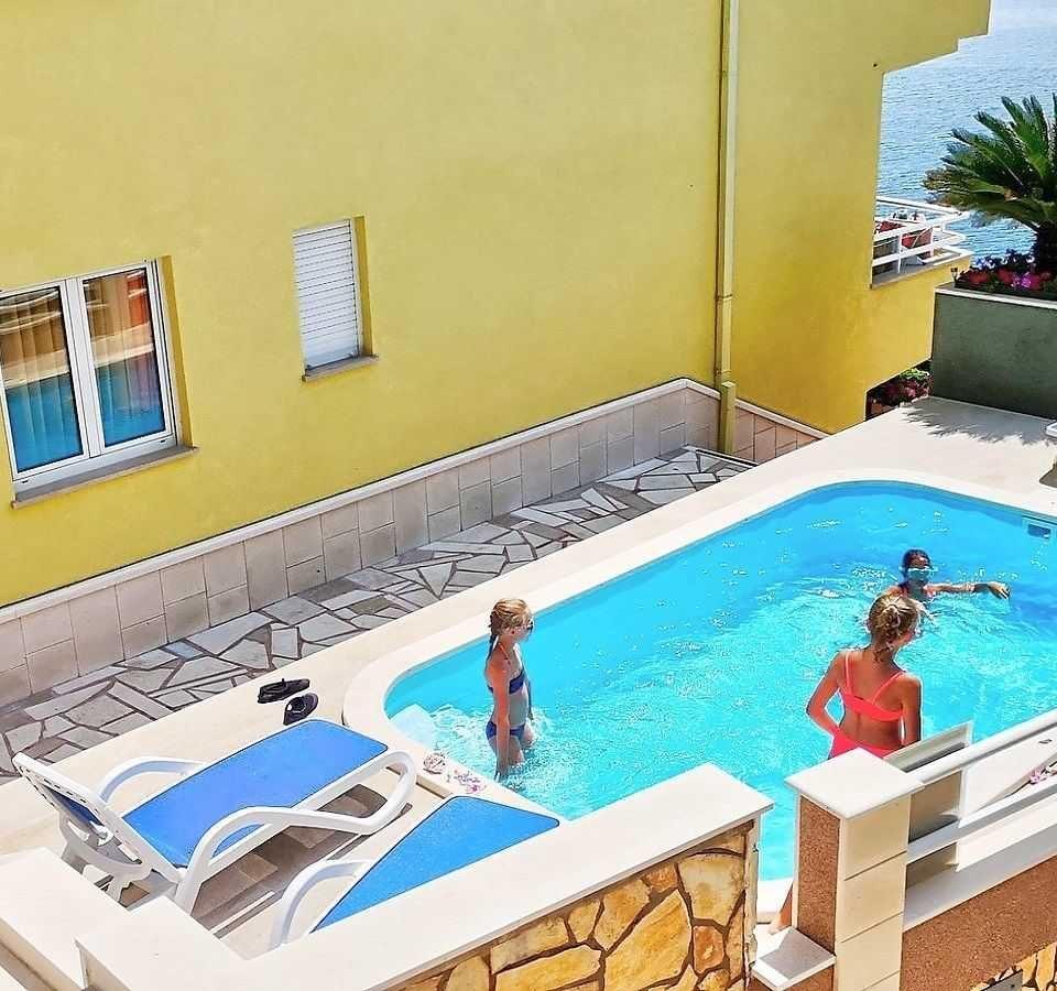 Plánuješ dovolenku v Chorvátsku - Villa MIRA